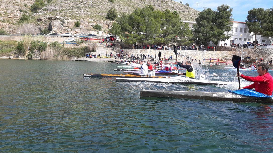 El Club Piragüisme Cullera es corona en la Lliga d'Hivern d'Aigües Tranquil·les