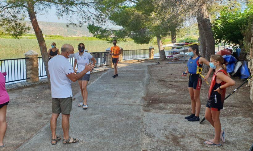 Un total de 14 piragüistas de aguas tranquilas regresan a la actividad en Antella