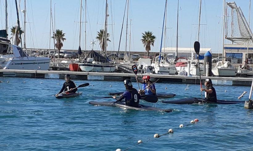 Nova concentració de la selecció femenina de caiac pol de la Comunitat Valenciana en la Marina Burriananova