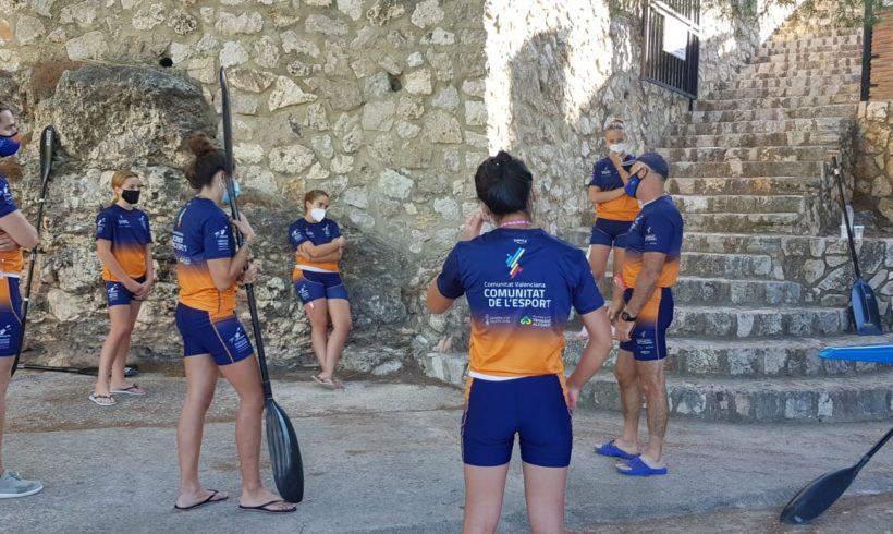 Los deportistas del programa de tecnificación de aguas tranquilas siguen trabajando en la puesta a punto