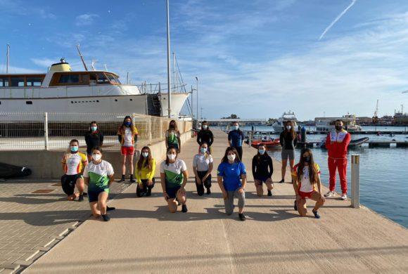 Burriana celebra con éxito una concentración de las selecciones españolas femeninas de kayak polo en categorías absoluta y sub-21